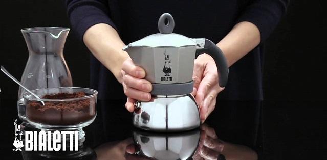 Ấm pha cà phê Bialetti Moka Express - Bình pha cà phê Moka Express