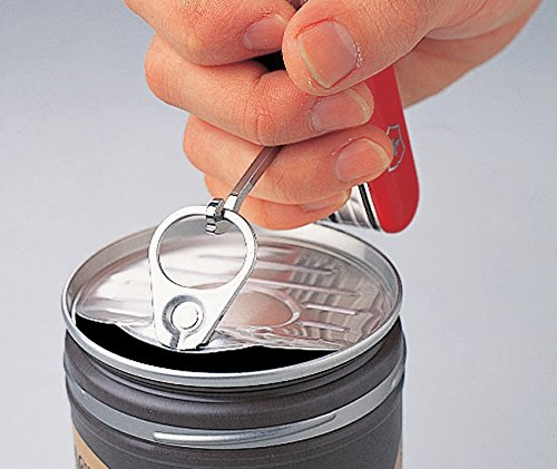 Mở nắp lon bằng dao victorinox Traveller Lite