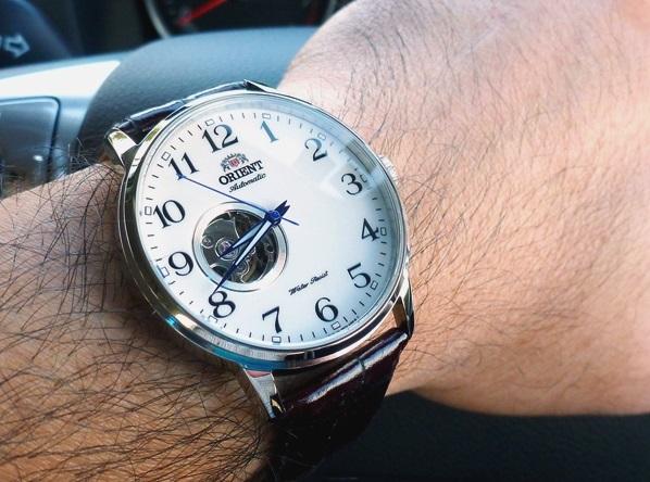 Đeo đồng hồ Orient FDB08005W Esteem Open Heart Dial Watch