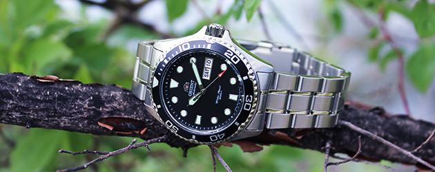 Đồng hồ Orient Black Ray II FA002004B9 thật cá tính