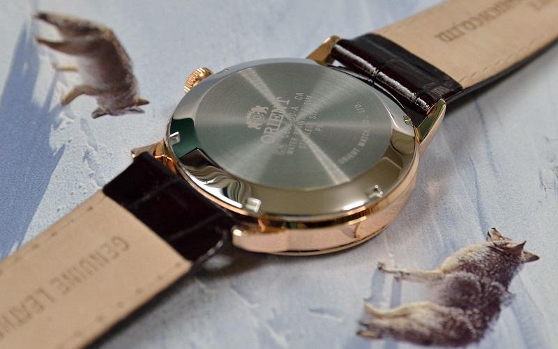Mặt sau đồng hồ Orient FDB08001W0 Esteem Open Heart Dial Watch