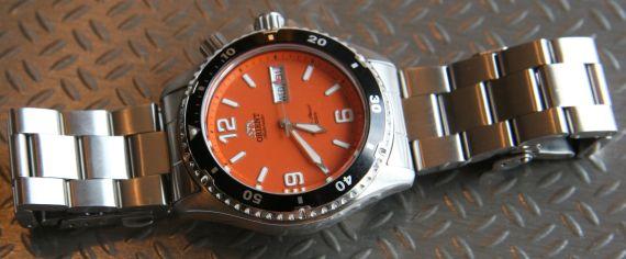 Đồng hồ Orient Orange Mako