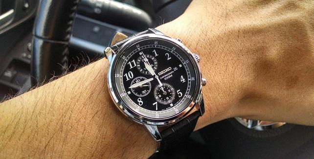 Đeo đồng hồ Seiko SNDC33