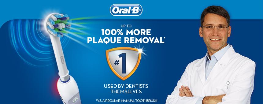 Làm sạch răng với bàn chải đánh răng điện Oral B