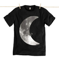 Kahuna Mens T-Shirt Moonlight Surf Design in Black.