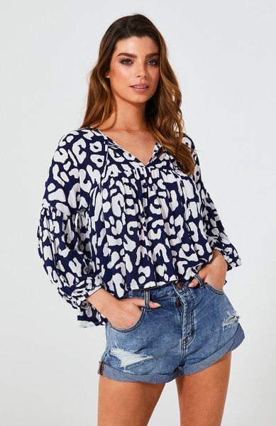 INDRA BLOUSE	- NAVY LEOPARD