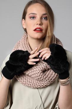 faux fur pop-top mittens, black