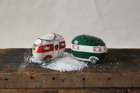 happy camper christmas salt and pepper shakers