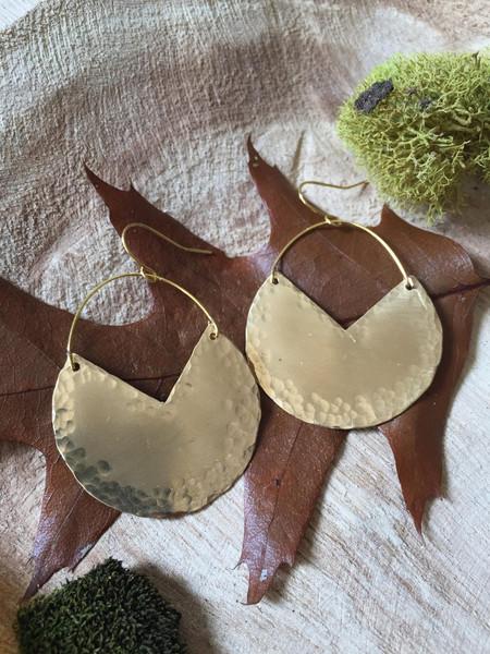 hammered brass V earrings