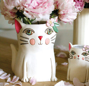 pretty kitty planter