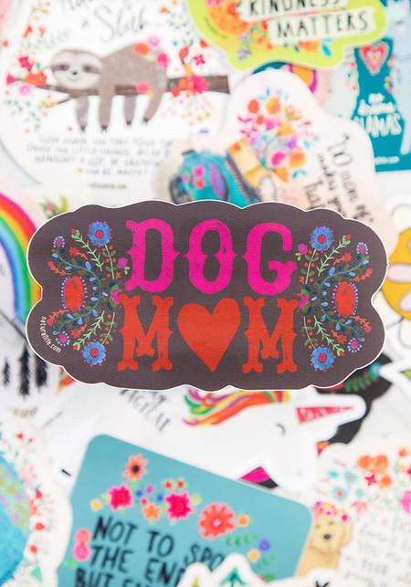 Vinyl sticker, dog mom, 4in diameter