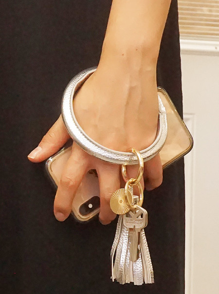 silver, leatherette, key ring, hands free, quick release clasp.