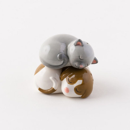 Pet salt and pepper shakers, Ceramic, 2.65""