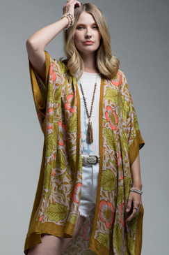"""vintage floral print kimono, APPROX. L 38"""" W 40"""",  100% Viscose"""