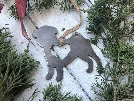 pug with heart ornament