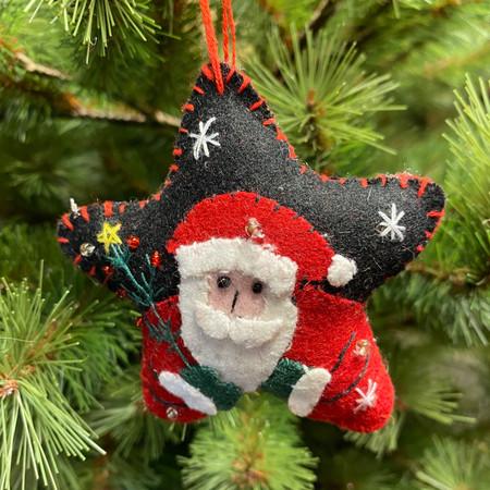 felt star with santa ornament
