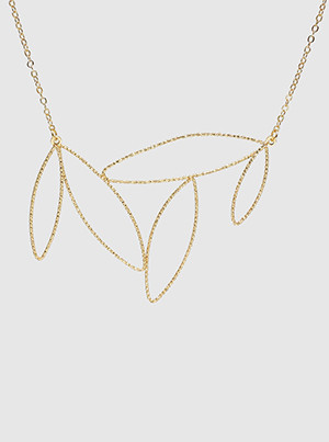 marquise pendant choker necklace, worn gold