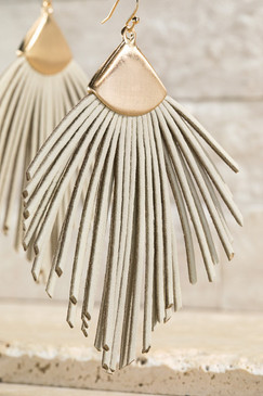 feather shape leather tassel earring, ivory