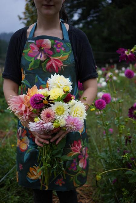 moody flowers apron