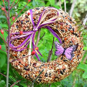 wildfare wreath, bird seed