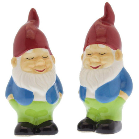 salt and pepper shakers, gnome, cute