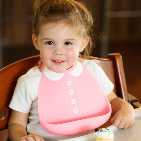 "Made of 100% food-grade free silicone, this stylish bibs is also extremely functional. stain resistant dishwasher safe built-in crumb catcher BPA/PVC free The Baby Bib has an adjustable strap that fits sizes 6 months to 3 years old. They'll look so good it's a shame they'll cover themselves in peas and carrots!  Size: 7.5"" x 8""."