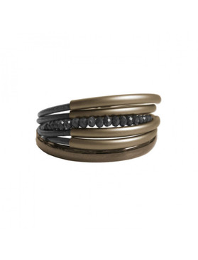 Multi strand bracelet features layers of glass and metal for a casual daytime or evening look. Details:  glass and metal with magnetic clasp / Length: One Size (± 19cm)