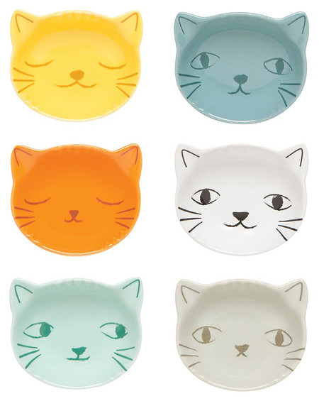 Prepping has never been so cute than with these curious kittens. Use them for separating out small ingredients, then stack them up for easy storage.   Stoneware Size: 3 x H 1.25 inch / 2 oz Made in China