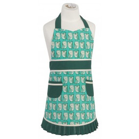 Little kitchen helpers have never looked so darling when wearing aprons finished with pretty pleats and two front pockets for sneaking in a treat. Fits kids 2-7 years old and is made of 100% cotton. Adjustable neck tie and long waist tie make this apron 1 size fits all. W 21 x L 21 inch