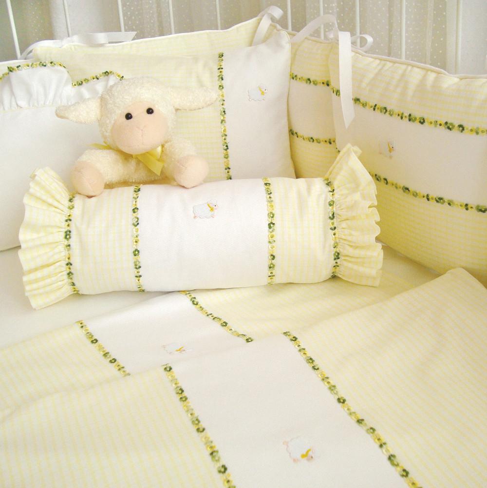 Crib Ensemble in yellow 'Hopper' & all cotton, white 'Primel' piqués with green/yellow 'Flora' trimming & 'Sheep'