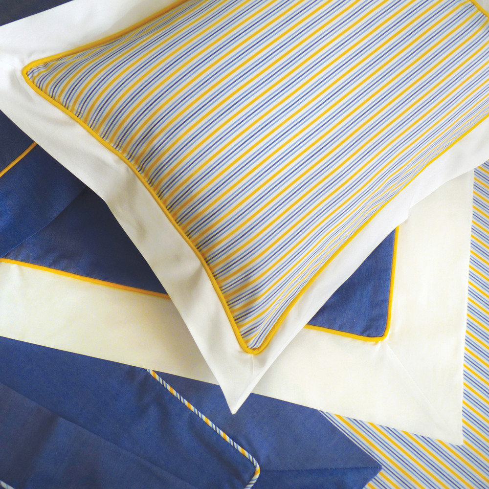 Custom adult linens in crisp, 100% cotton 'Pinpoint Oxford' with contrasting piping