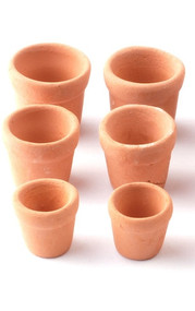 Six Terracotta Plant Pots / Assorted Sizes