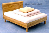 Modern Bed With Light Pine Wood Finish