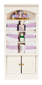 Bathroom Cabinet & Shelfs w/ Towels