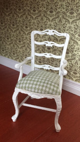 Detailed Green & White Chair