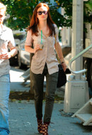 AG Adriano Goldschmied Slim Cargo Pant as seen on Leighton Meester, Alessandra Ambrosio and Kate Bosworth