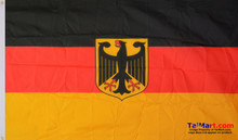 Image of the flag as a whole.
