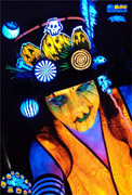 tag-mick-mack-halloween-uv-body-painting.jpg