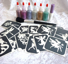 Girls Glitter Tattoo Kit contains:- 1 x Pros-ade Glue 8 ml in an applicator bottle 6 x Glitter Puffers- Hot Pink, Fuchsia ,Lilac, Holographic Silver, Holographic Gold & Sea Green 25 x Girly Stencils