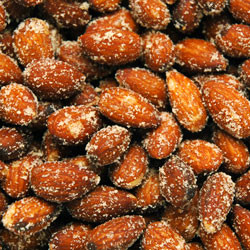 Linn's Smoke House Almonds 8 oz.