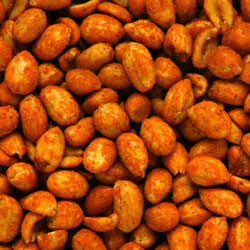 Linn's Hot & Spicy Peanuts 8 oz.