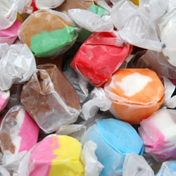 Linn's Salt Water Taffy 8 oz.