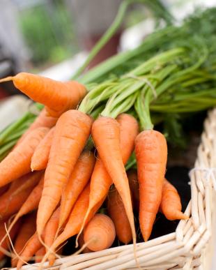 carrotsbasket.jpg