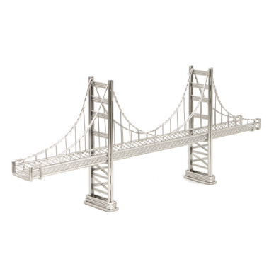 Golden Gate Bridge Wire Model and Statue