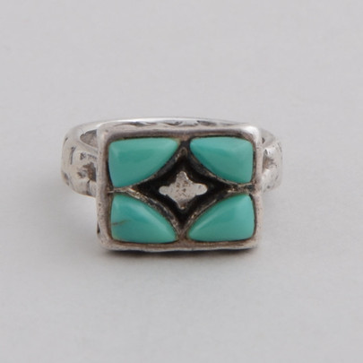 This Peyote Bird ring features Turquoise and Sterling Silver!