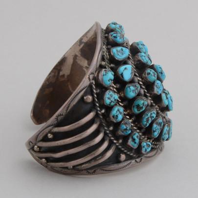 Beautiful Kingman Nuggets adorn this wonderful Sterling Silver Cuff Bracelet.