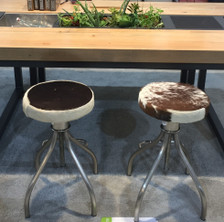 CERUS round extendable bar stool