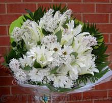 Medium size round bouquet