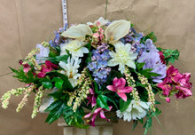 Artificial flowers head table centrepiece