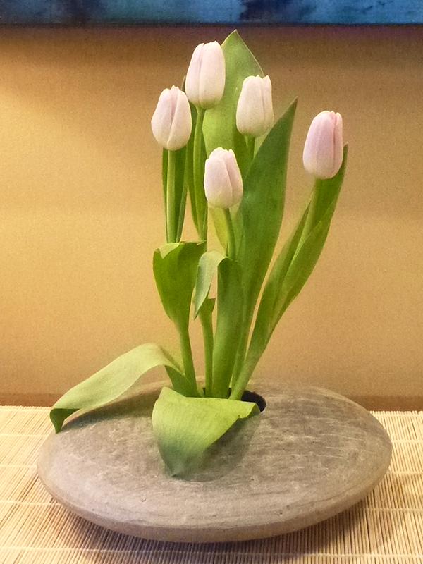 Tulip Ikebana in Round Slate Vase